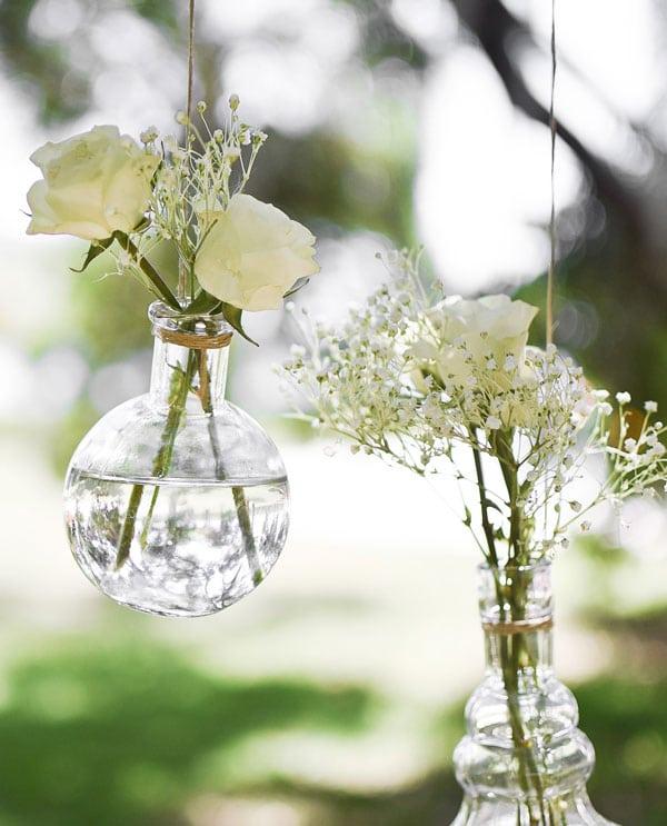 Hanging-flowers-vases