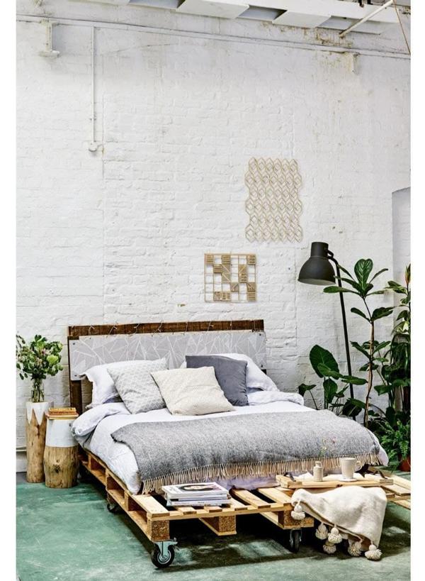 DIY pallet bed frame instruction step by step