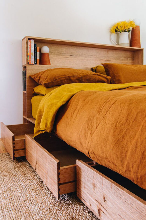 a bed with pallet-bed-with-drawers