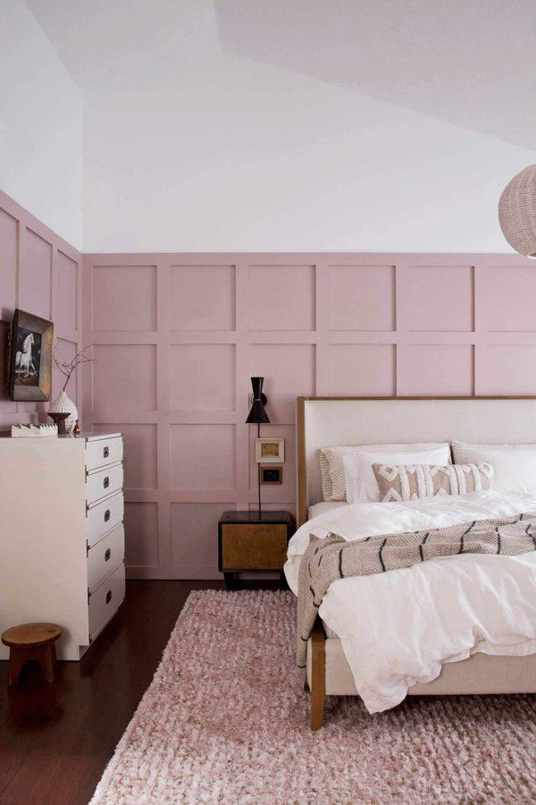 pink-and-white-bedroom