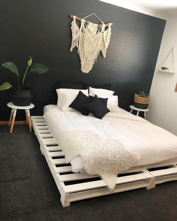 simple-pallet-bed