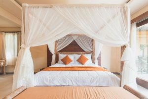 Bed-Canopy-Curtains