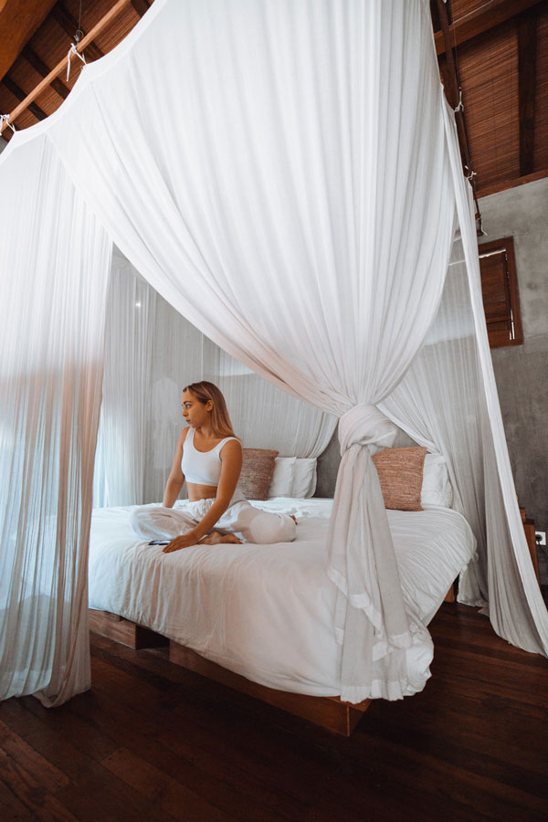 Bed-Canopy-Curtains-decoration-