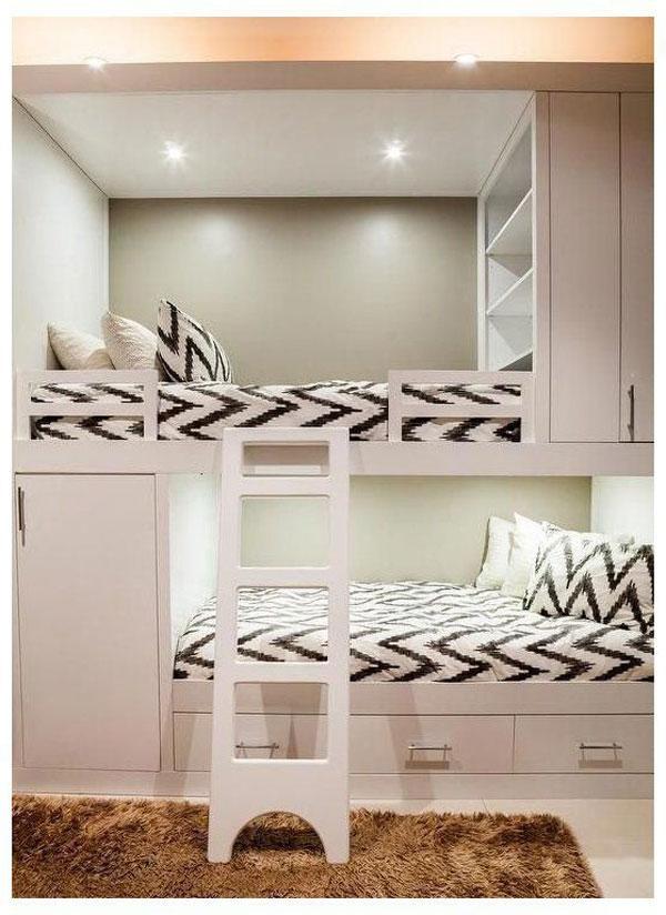 Bunk-bed-in-small-bedroom-design