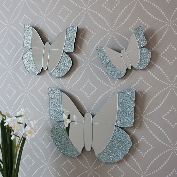 Butterfly-decorative-Bedroom-wall-mirror