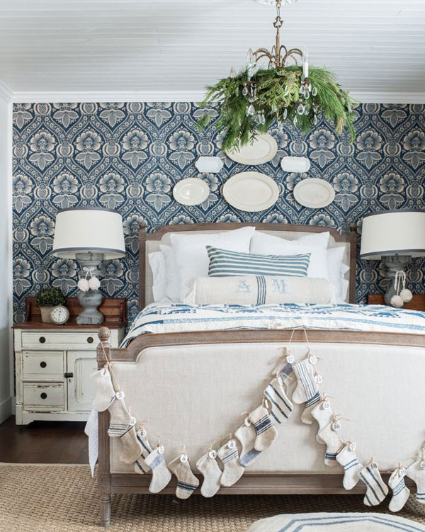 Classic-style-wallpaper-for-the-bedroom