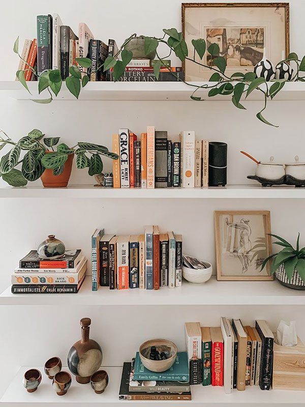 Decorate-the-wall-with-diy-library