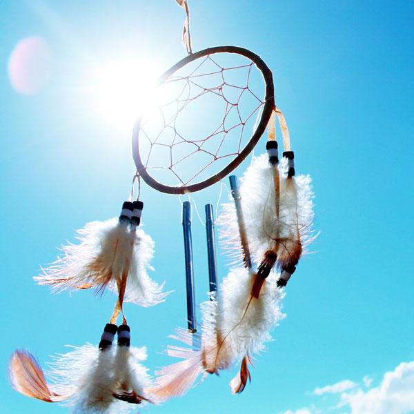 Dreamcatcher-DIY-in-the-sky