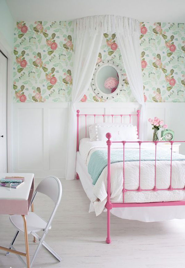 Girl-bedroom-wallpaper