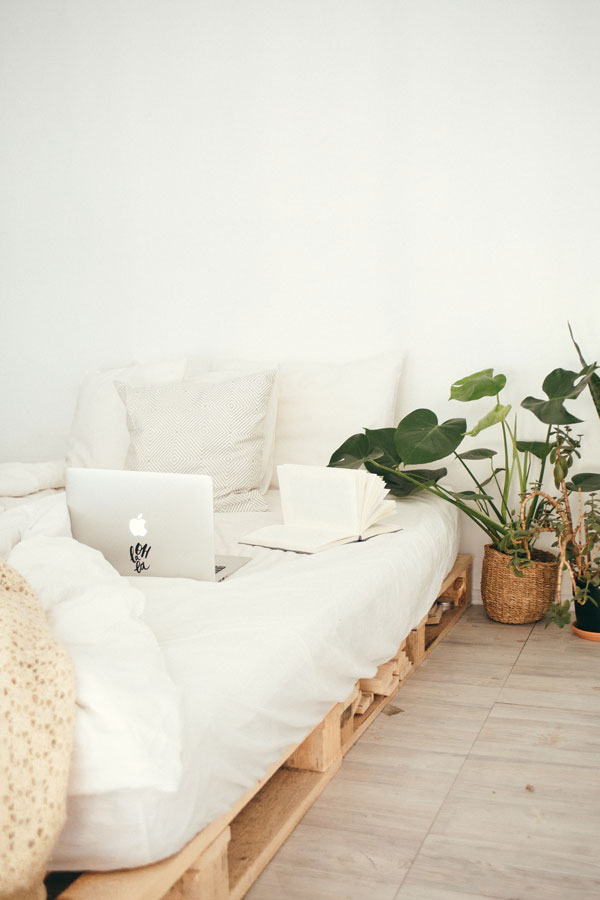 Use-the-space-under-the-bed
