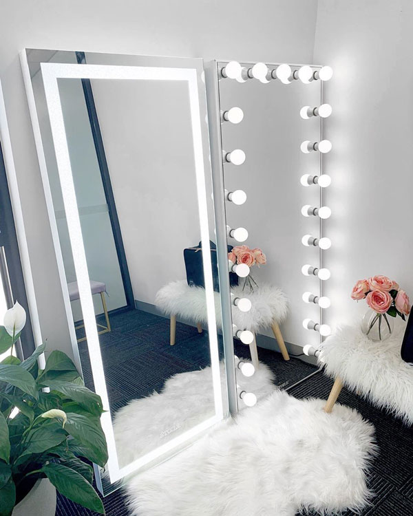 Vanity-Wall-Mirror-with-lights