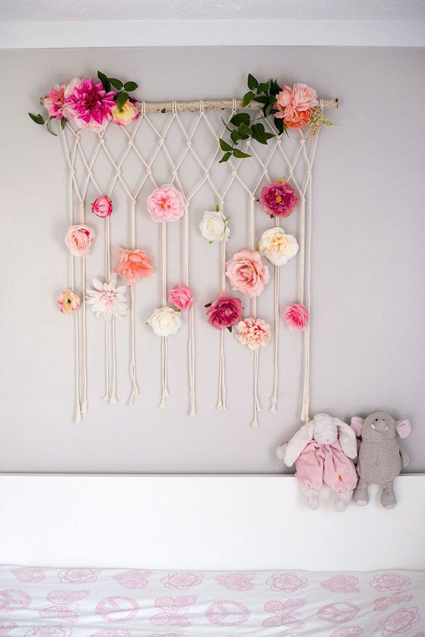 Yarn-Wall-Hanging-flower-macrame