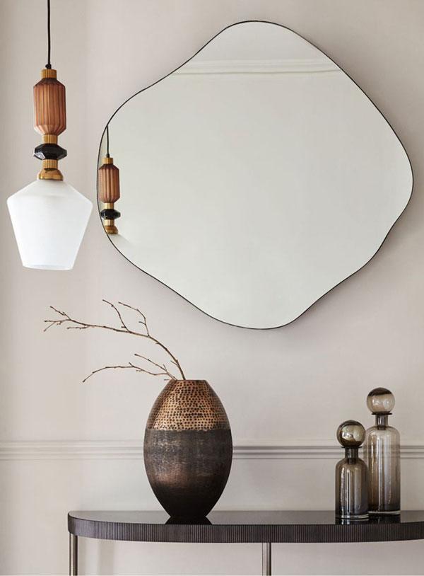 bedroom-wall-mirrors