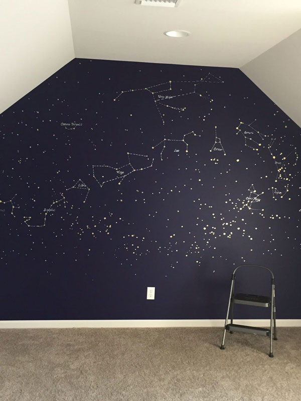 bedroom-wall-mural-with-night-sky