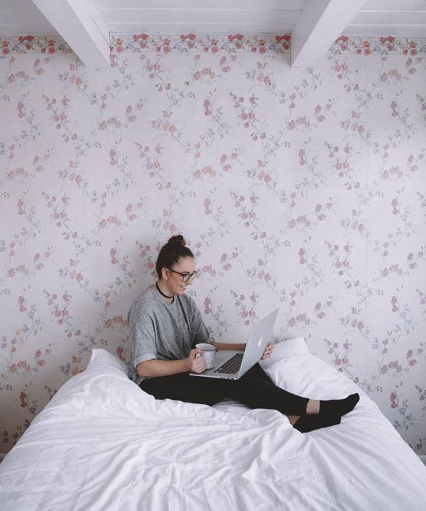 girl bedroom wallpaper