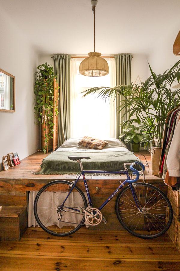 using plants in bedroom