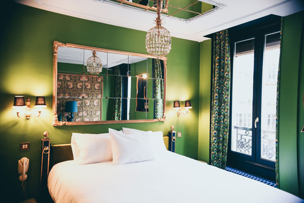 lime green bedroom wall
