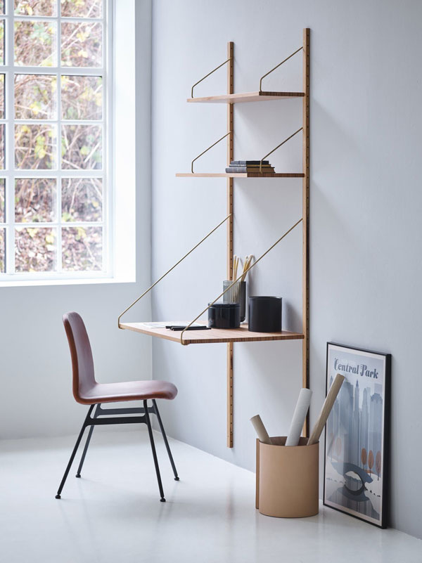 perfect-DIY-wall-desk