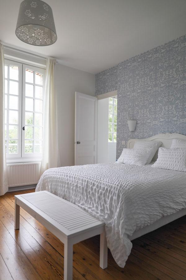 simple bedroom wallpaper