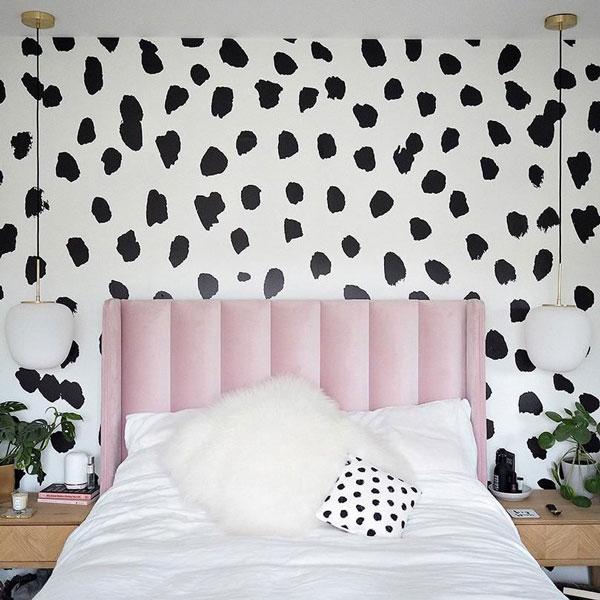 stunning-bedroom-wall-mural