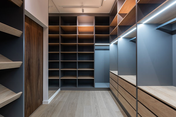 Lightings-inside-shelves