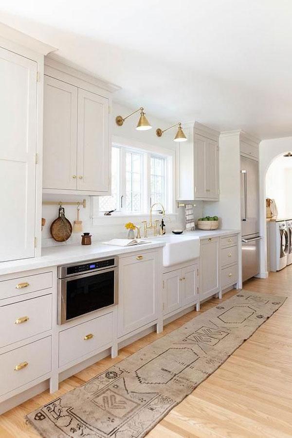 kitchen-sink-spotlights
