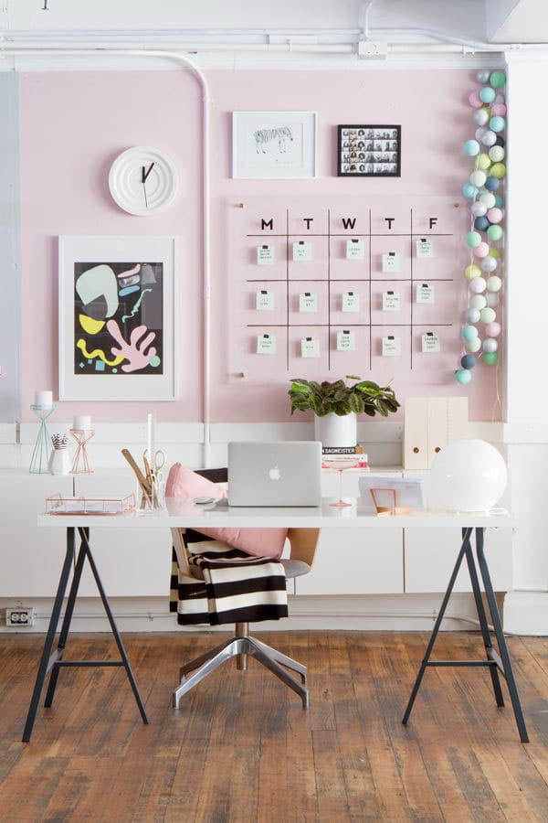 pink-home-office