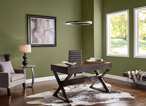 well-lit-place-for-a-desk-in-the-workroom