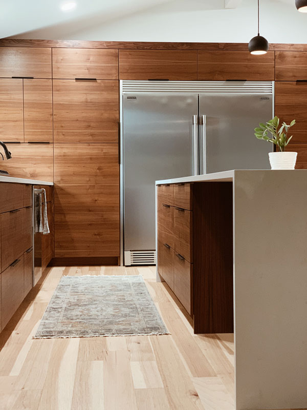 brown-kitchen-paint-color