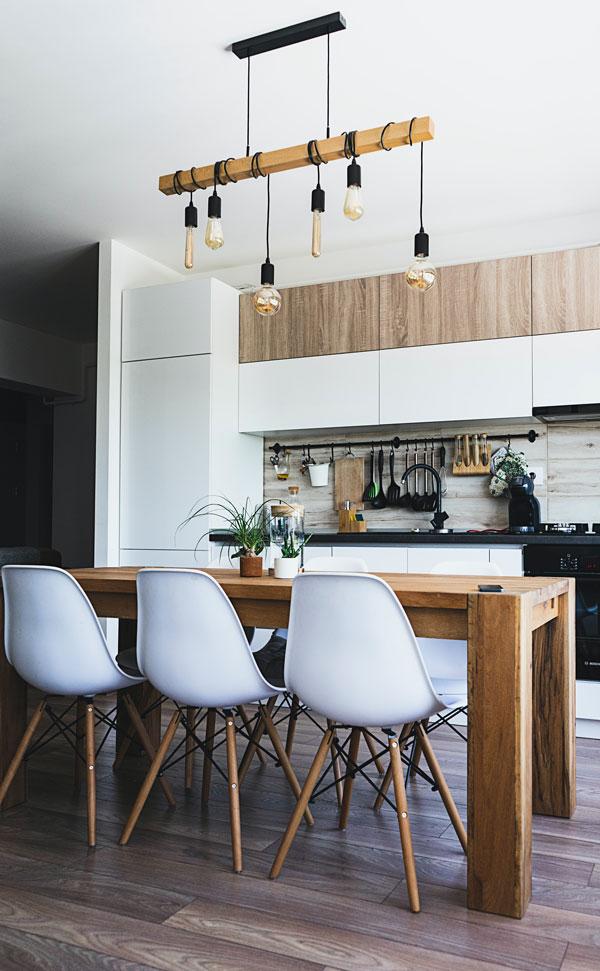 brown-kitchen-paint-colors