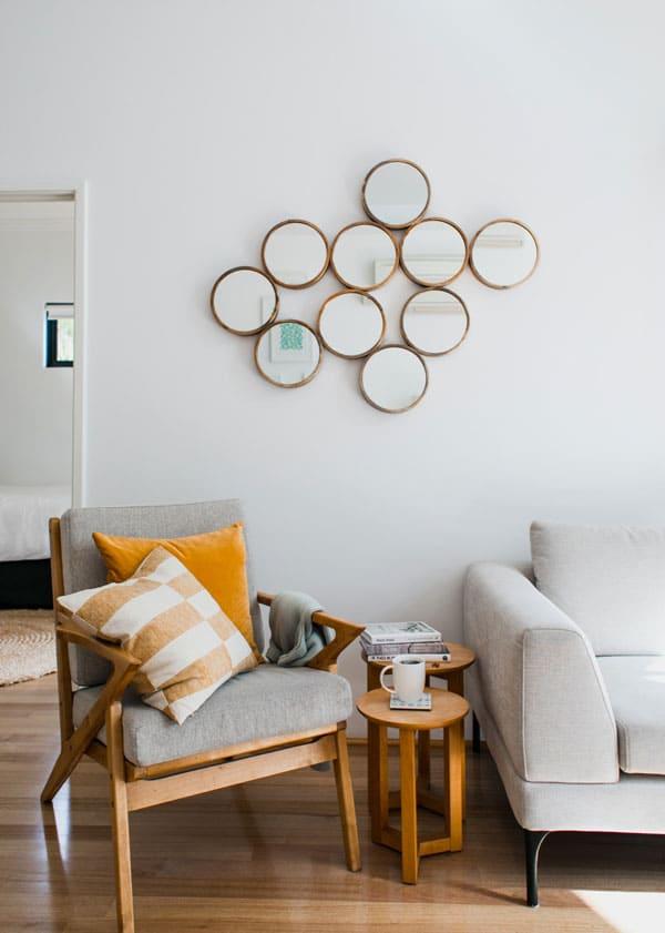 living-room-in-white