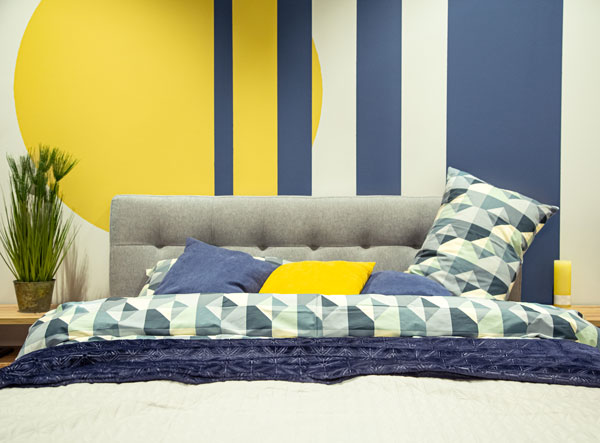 Combine-blue-with-yellow-for-bedroom